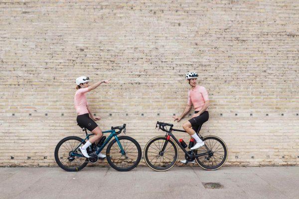 cyklo oblečenie ružové